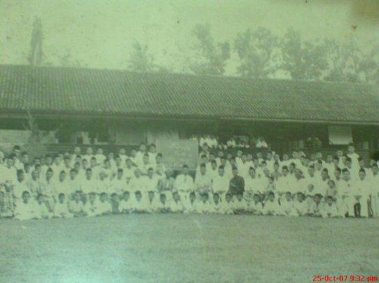 sekolah dewasa zaman P.Ramlee
