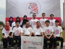Berdiri dari kiri : Umi, Ika, Sofia, Aiman, Haniff, Hadi Duduk dari kiri : Amalina, En.Haniff, Armadi, Rizam, Kwa, Haziq